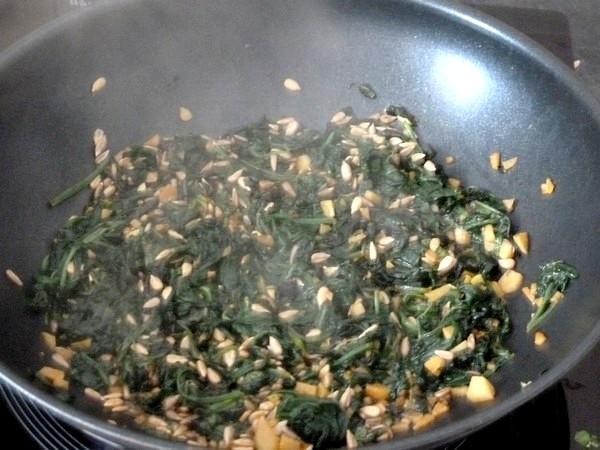 nems-epinards-salade-aux-graines-tournesol-evaporer