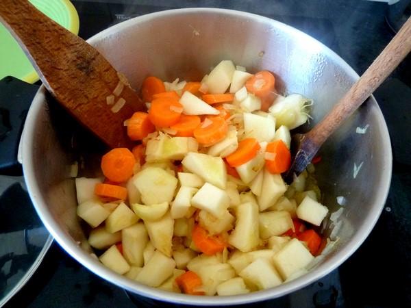 patisson-aux-carottes-melanger