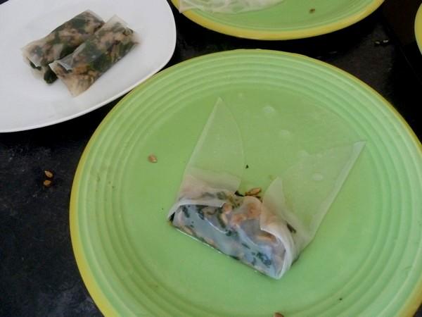nems-epinards-salade-aux-graines-tournesol-garnir