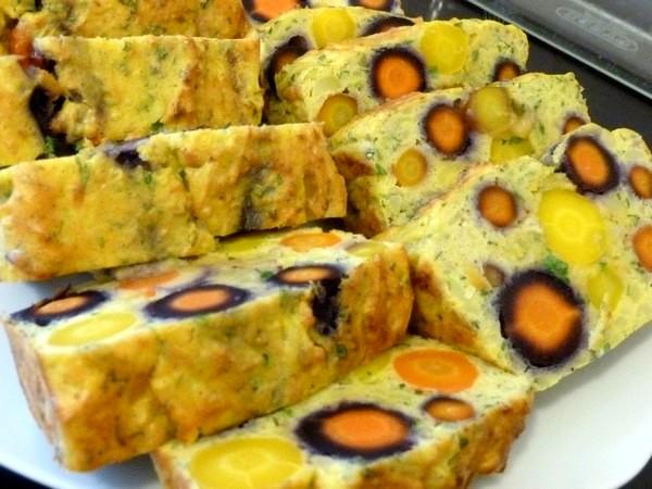 carottes-entieres-aux-pommes-de-terre-servir-chaud