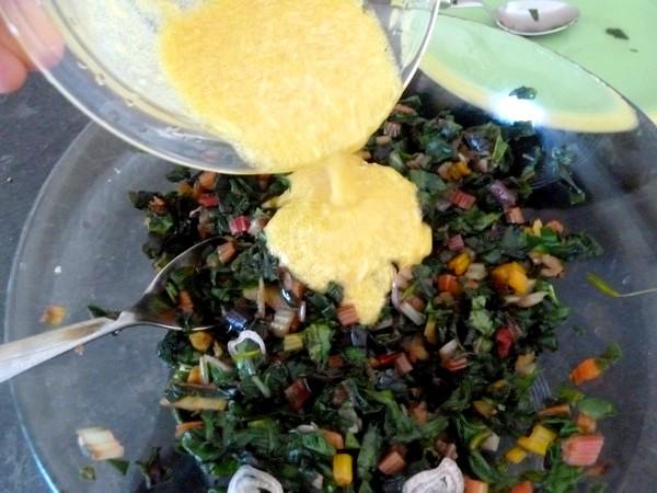 blettes-mi-cuites-croutons-et-fromage-vegan-assaisonner