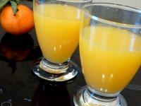 jus-de-coco-aux-agrumes-servir-frais