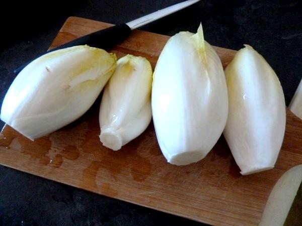 endives-sauce-agrume-et-patates-douces-laver-parer