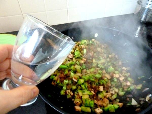 brocolis au tofu fume eau