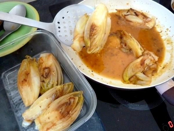 endives-sauce-agrume-et-patates-douces-egouter
