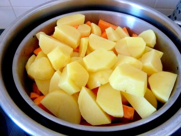pave de patates aux champignons panier vapeur