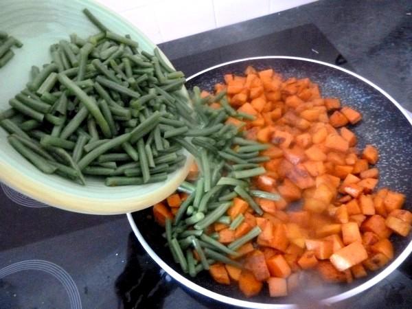 haricots verts patates douces au tofu melanger