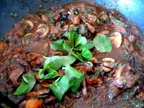 champignons a la tomate et riz sesame menthe