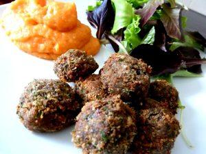 falafels aux haricots graines de lin persil avec legumes