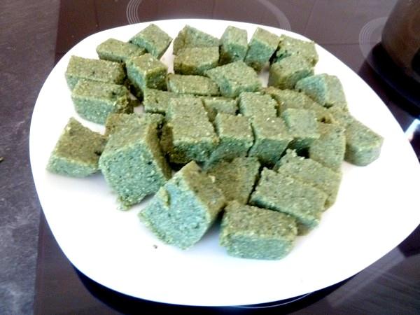 choux de bruxelles polenta spiruline cube