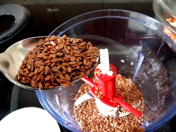 falafels aux haricots graines de lin persil mixer