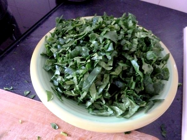 chou-fleur epinards gratines au sesame assiette volumineuse