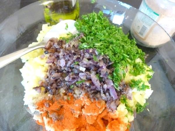 tourtons pommes de terre olives epices persil
