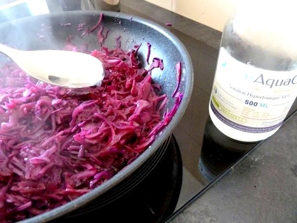 chou rouge aux aromates et patates douces saler