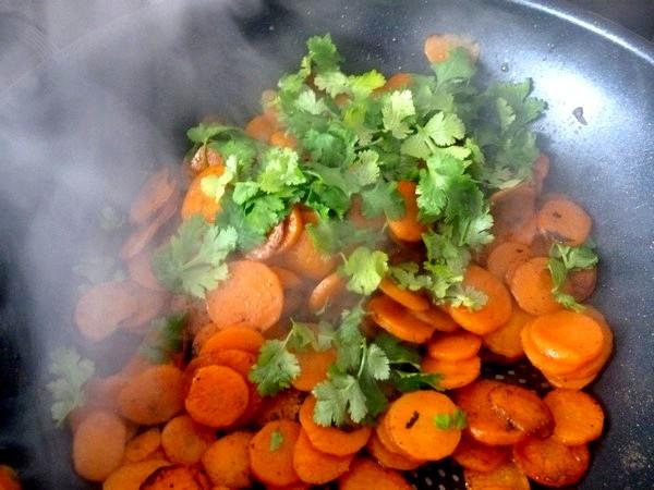 chou kale en beignets carottes sautees coriandre