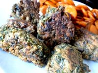 chou kale en beignets servir
