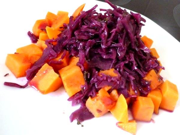 chou rouge aux aromates et patates douces servir chaud