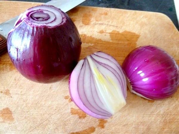 chou rouge aux aromates et patates douces oignons rouges