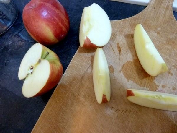 beignets aux pommes trancher