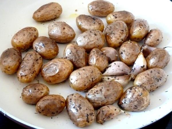 chou romanesco aux pommes grenaille roties